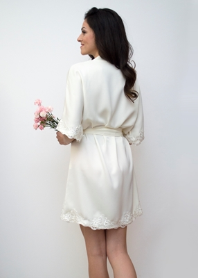 IVORINE LACE TRIM ROBE