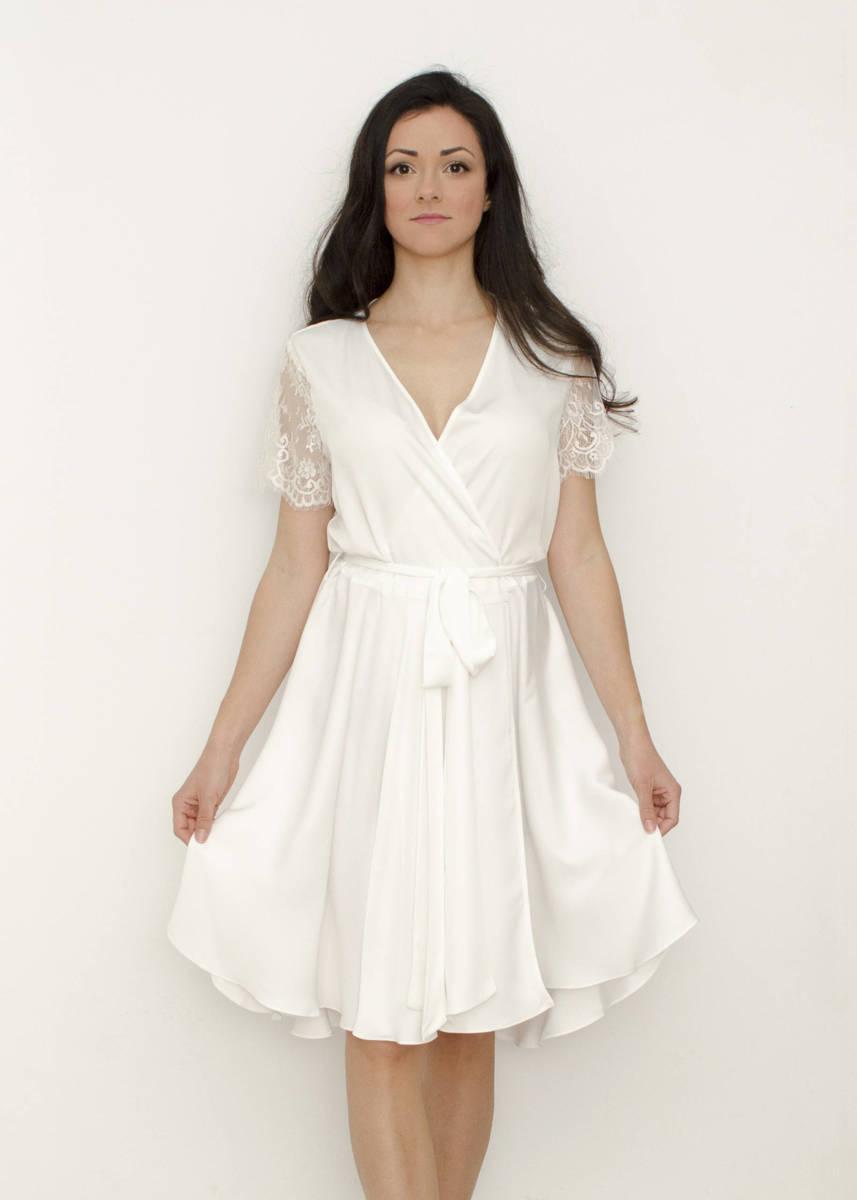 MONIQUE Lace Sleeves Bridal Robe