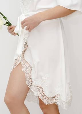 DIANA Lace Trim Bridal Robe
